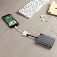 Belkin MFi Lightning Audio + Charge RockStar AdapterKabel
